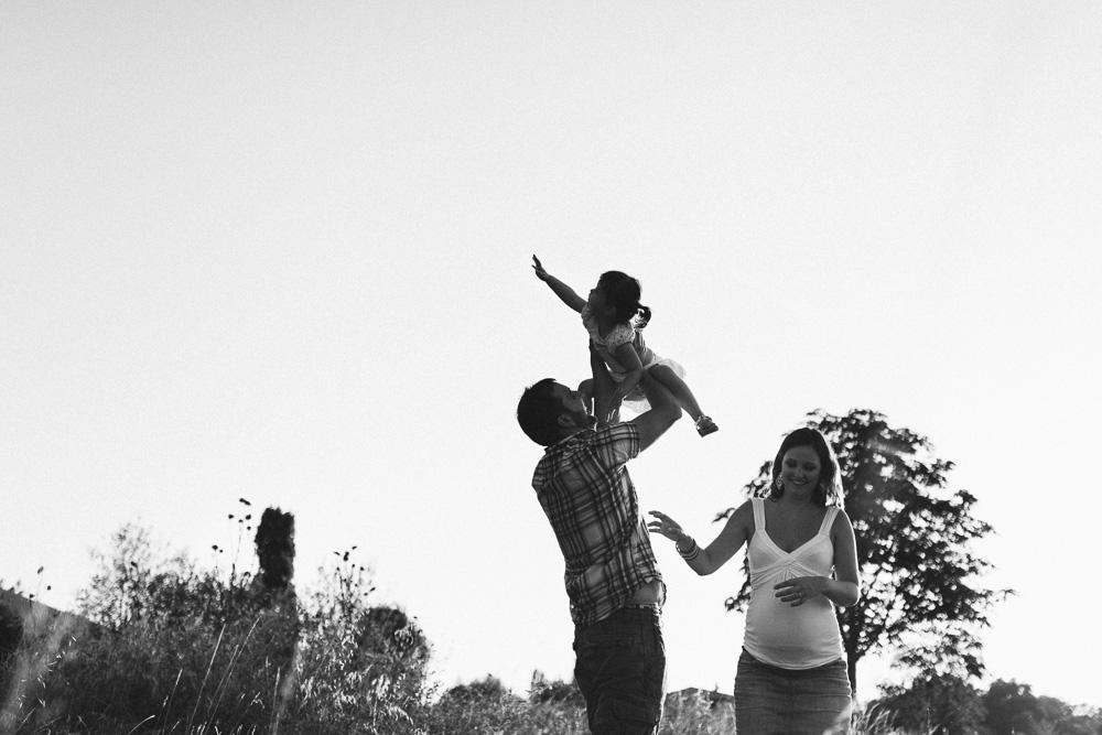 seance-grossesse-anais-et-loic-toulouse-rose-fushia-photographie-69