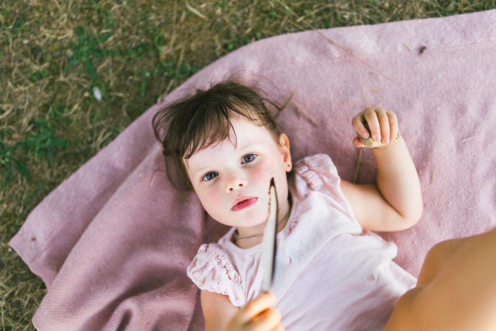 seance-grossesse-anais-et-loic-toulouse-rose-fushia-photographie-74