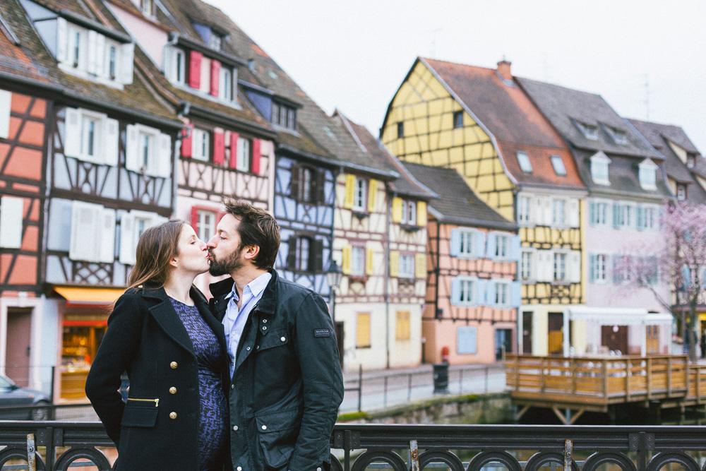 seance-grossesse-boudoir-intime-sophie-jb-mulhouse-colmar-eguisheim-rose-fushia-photographie-40