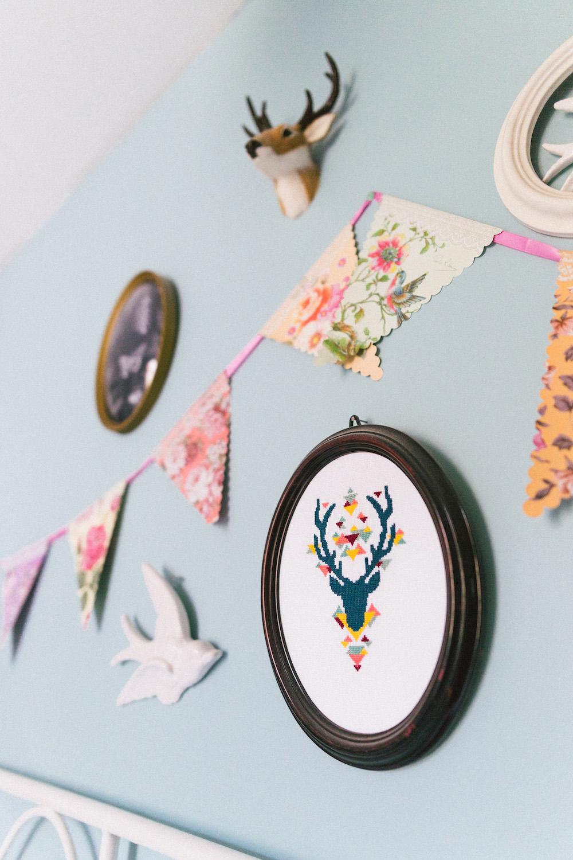 un-mariage-colore-en-combi-vw-a-salledes-rose-fushia-photographie025