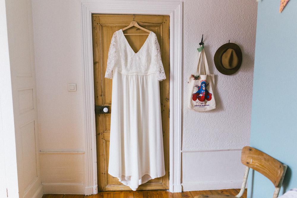 un-mariage-colore-en-combi-vw-a-salledes-rose-fushia-photographie124