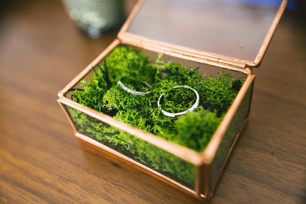 un-mariage-colore-en-combi-vw-a-salledes-rose-fushia-photographie141