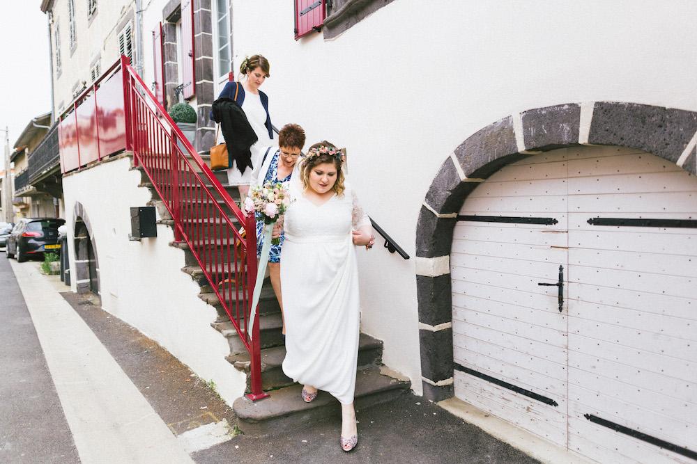 un-mariage-colore-en-combi-vw-a-salledes-rose-fushia-photographie173