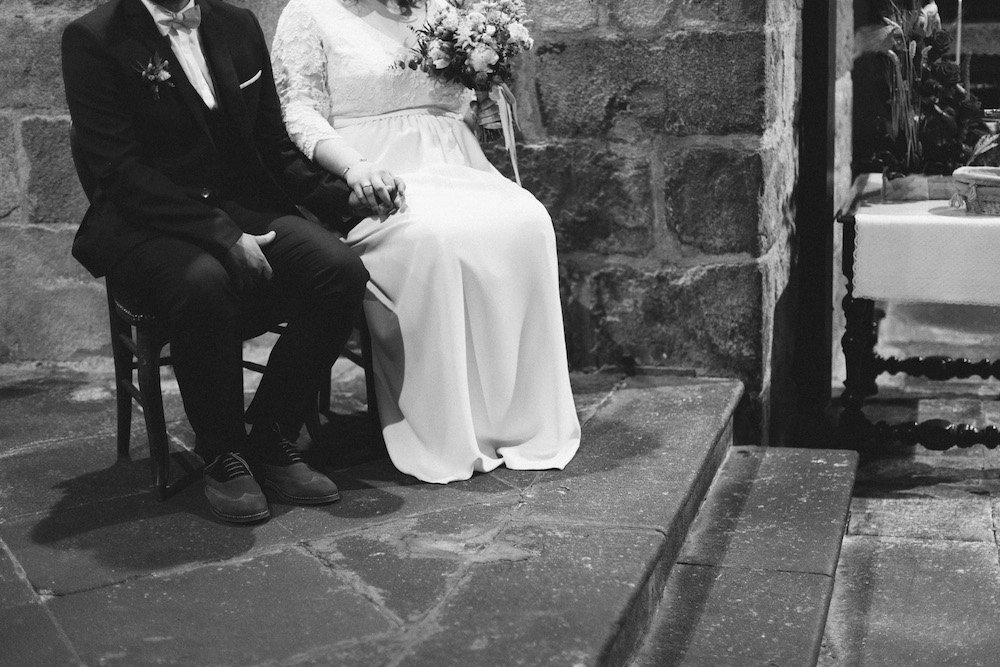 un-mariage-colore-en-combi-vw-a-salledes-rose-fushia-photographie267