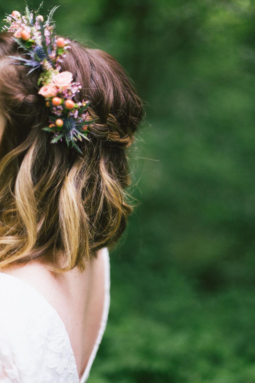 un-mariage-colore-en-combi-vw-a-salledes-rose-fushia-photographie393