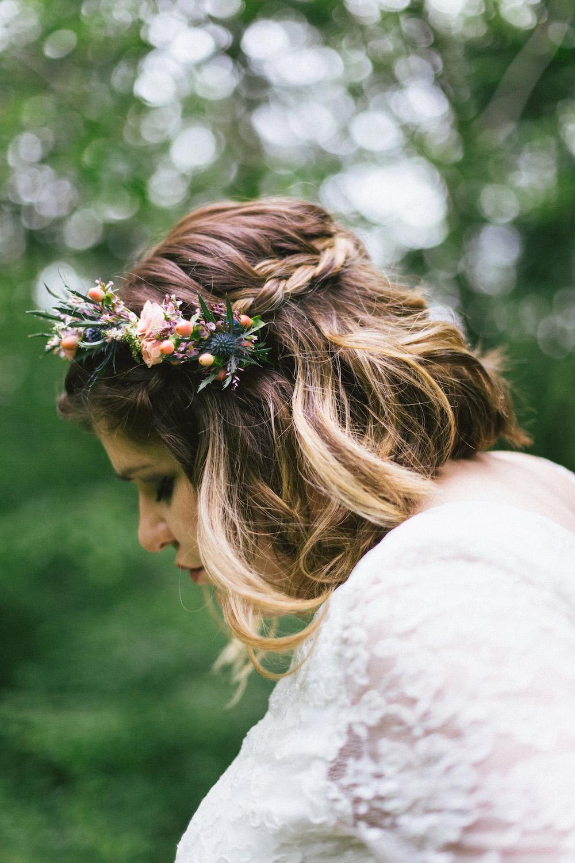 un-mariage-colore-en-combi-vw-a-salledes-rose-fushia-photographie394