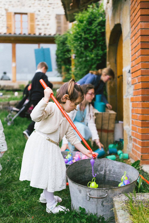 un-mariage-colore-en-combi-vw-a-salledes-rose-fushia-photographie439