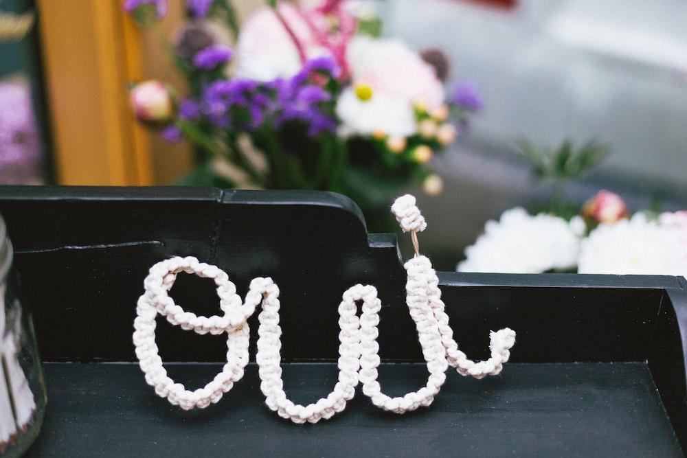 un-mariage-colore-en-combi-vw-a-salledes-rose-fushia-photographie475