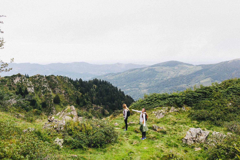 randonnee-au-lac-d-ayes-pyrenees-ariegeoises-rose-fushia-photographie054