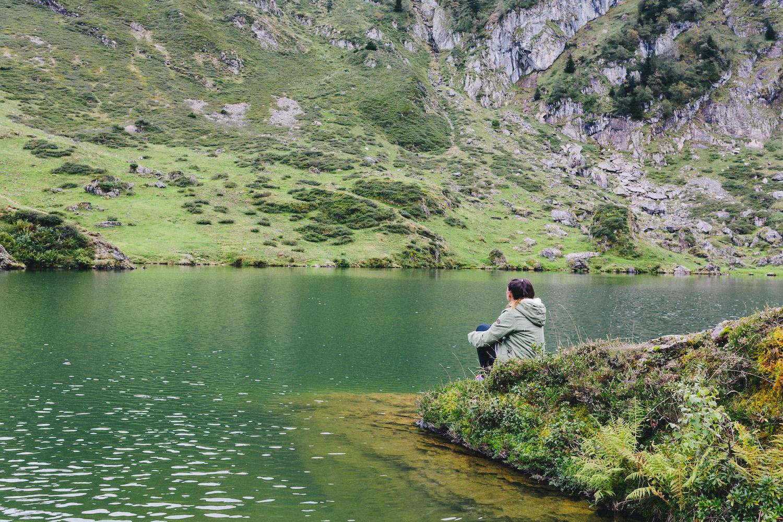 randonnee-au-lac-d-ayes-pyrenees-ariegeoises-rose-fushia-photographie106