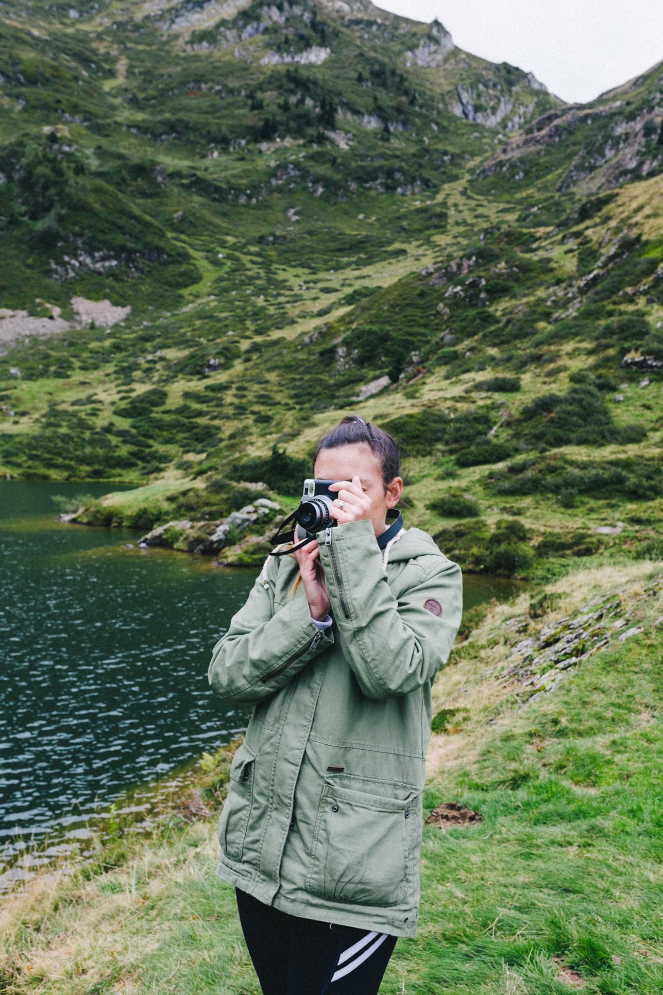 randonnee-au-lac-d-ayes-pyrenees-ariegeoises-rose-fushia-photographie125