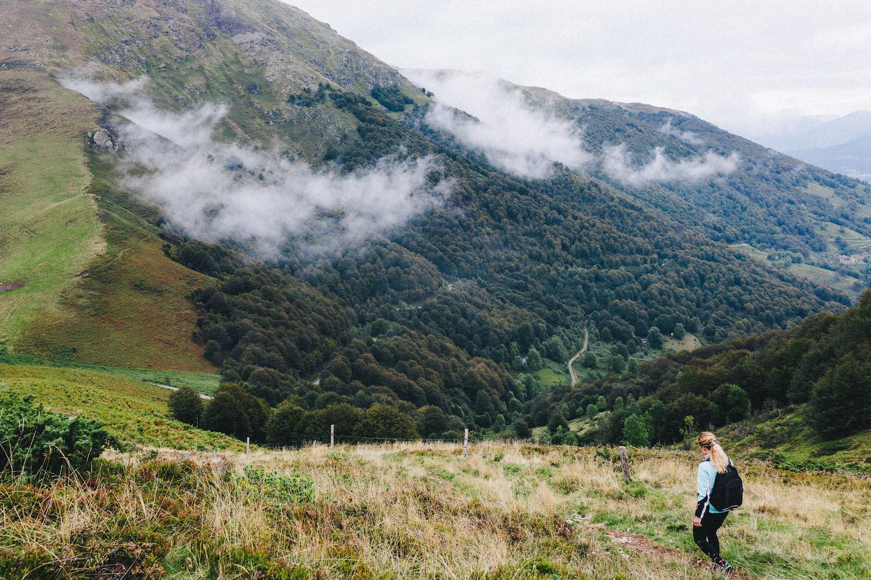 randonnee-au-lac-d-ayes-pyrenees-ariegeoises-rose-fushia-photographie148