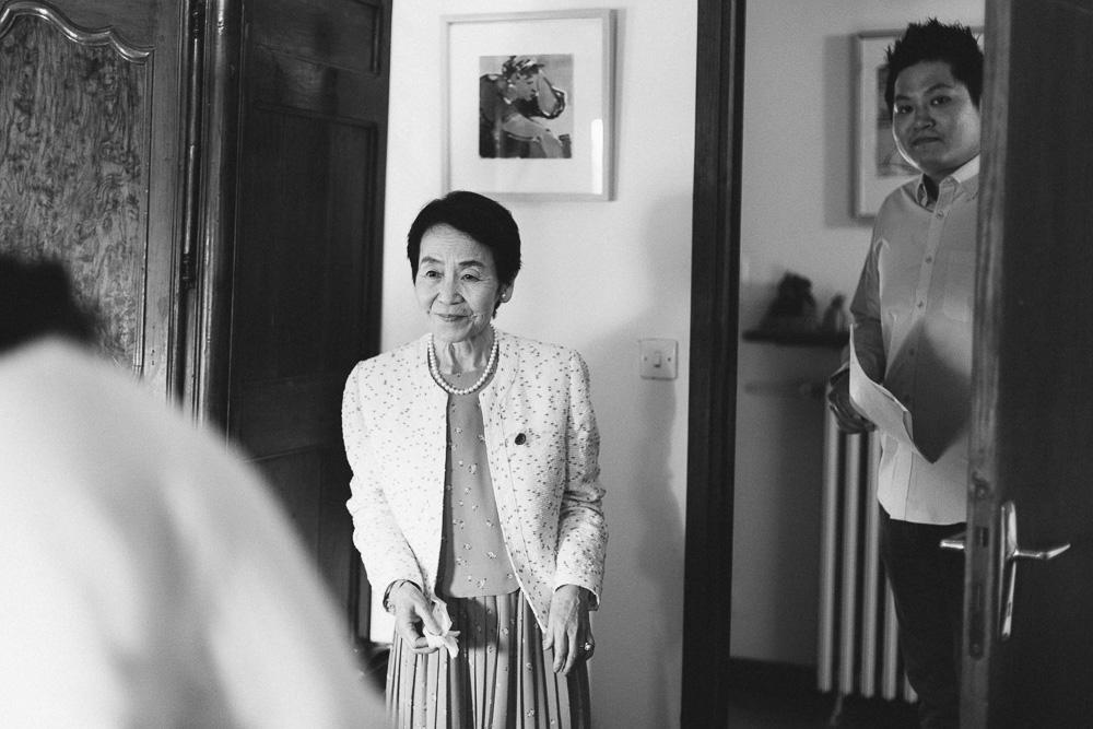 mariage-intime-franco-japonais-yoori-et-nico-beaujolais-rose-fushia-photographie008