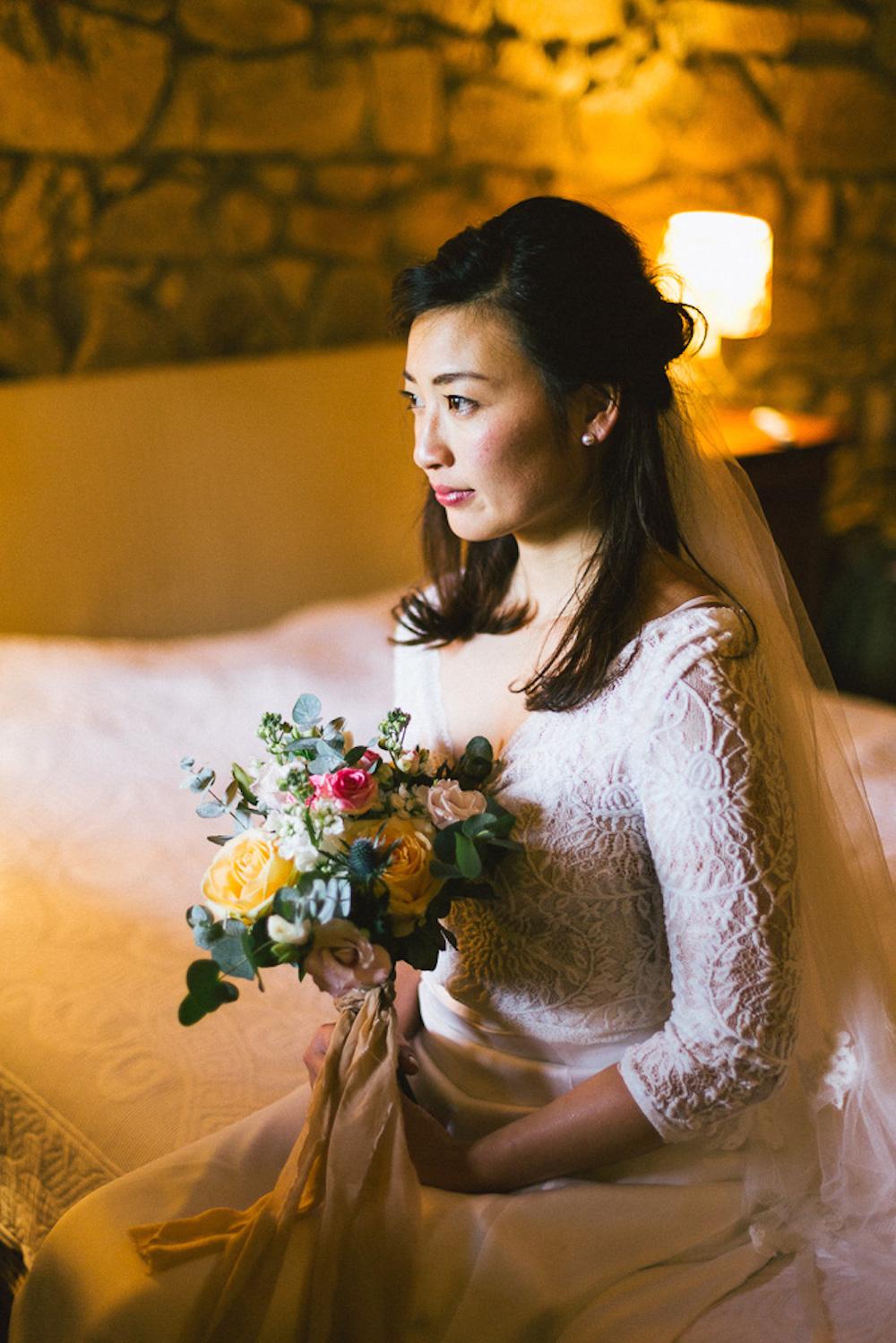 mariage-intime-franco-japonais-yoori-et-nico-beaujolais-rose-fushia-photographie015