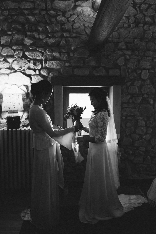 mariage-intime-franco-japonais-yoori-et-nico-beaujolais-rose-fushia-photographie017