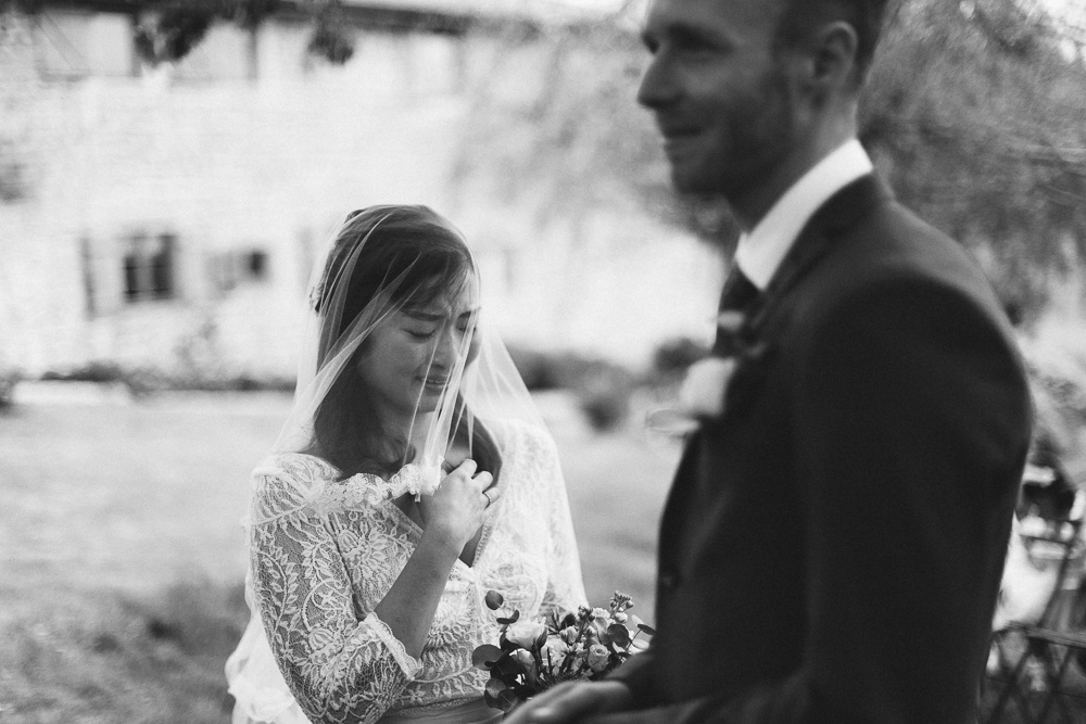 mariage-intime-franco-japonais-yoori-et-nico-beaujolais-rose-fushia-photographie039