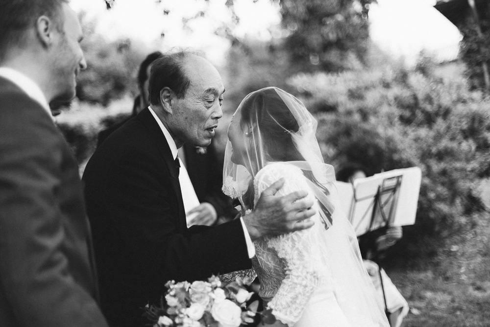 mariage-intime-franco-japonais-yoori-et-nico-beaujolais-rose-fushia-photographie041