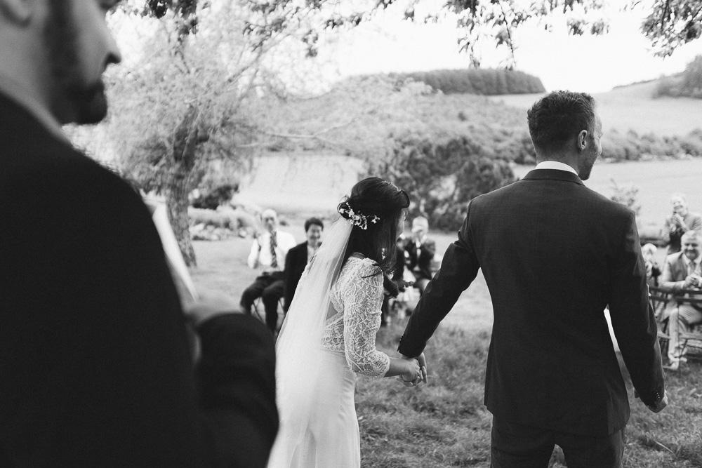 mariage-intime-franco-japonais-yoori-et-nico-beaujolais-rose-fushia-photographie071