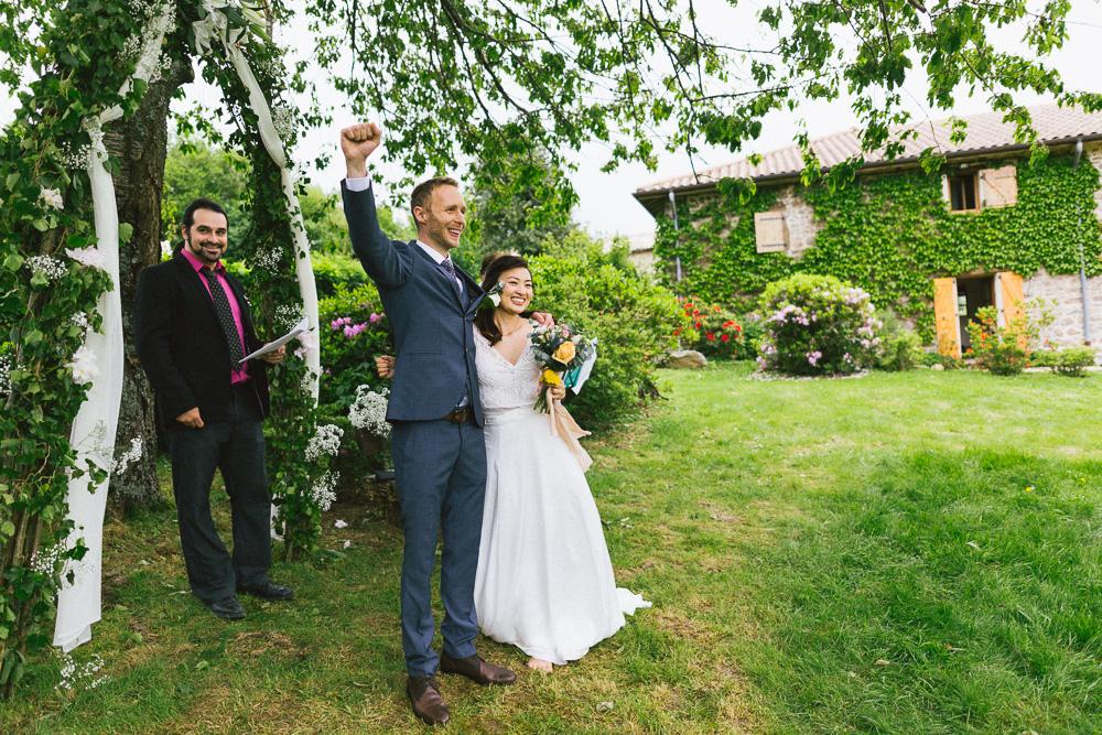 mariage-intime-franco-japonais-yoori-et-nico-beaujolais-rose-fushia-photographie072