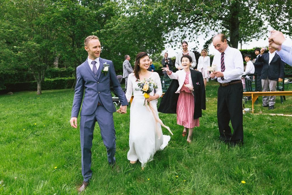 mariage-intime-franco-japonais-yoori-et-nico-beaujolais-rose-fushia-photographie077