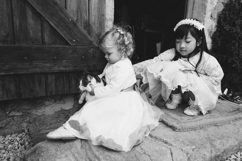 mariage-intime-franco-japonais-yoori-et-nico-beaujolais-rose-fushia-photographie079