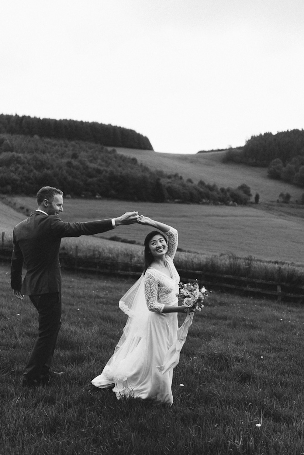 mariage-intime-franco-japonais-yoori-et-nico-beaujolais-rose-fushia-photographie089