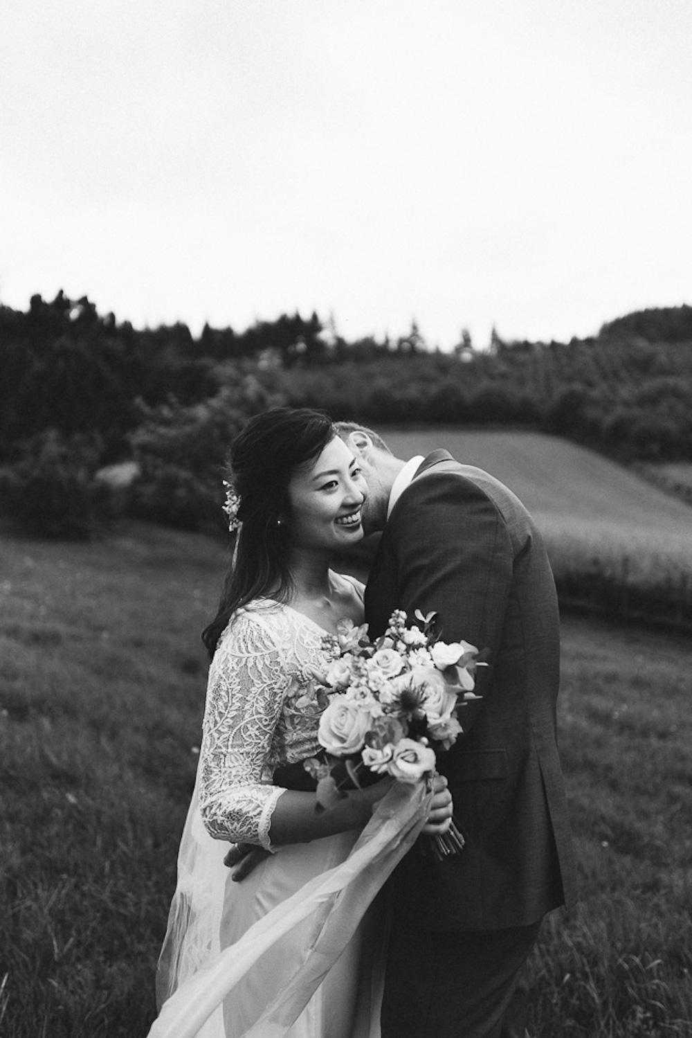 mariage-intime-franco-japonais-yoori-et-nico-beaujolais-rose-fushia-photographie092