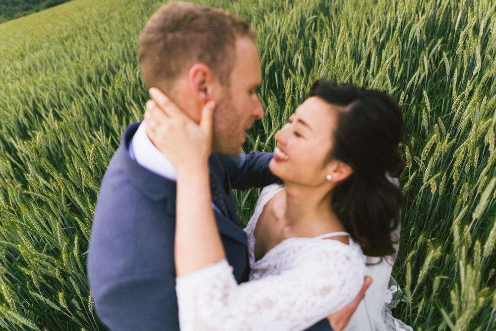 mariage-intime-franco-japonais-yoori-et-nico-beaujolais-rose-fushia-photographie106