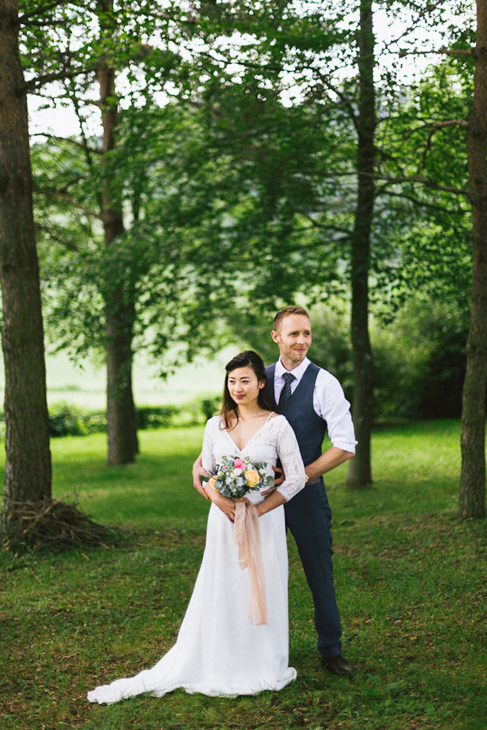 mariage-intime-franco-japonais-yoori-et-nico-beaujolais-rose-fushia-photographie114