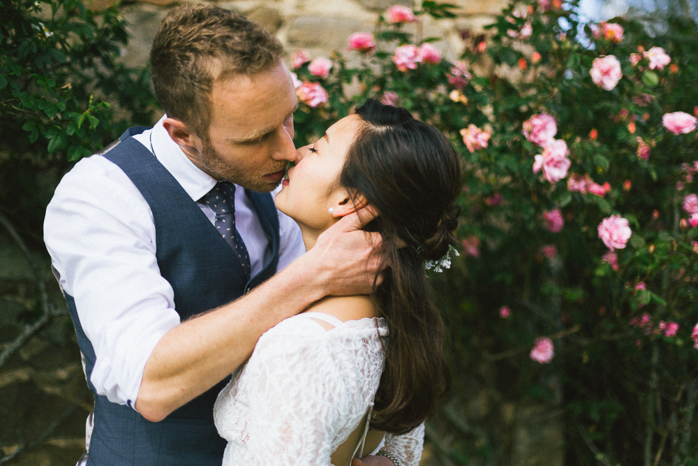 mariage-intime-franco-japonais-yoori-et-nico-beaujolais-rose-fushia-photographie123