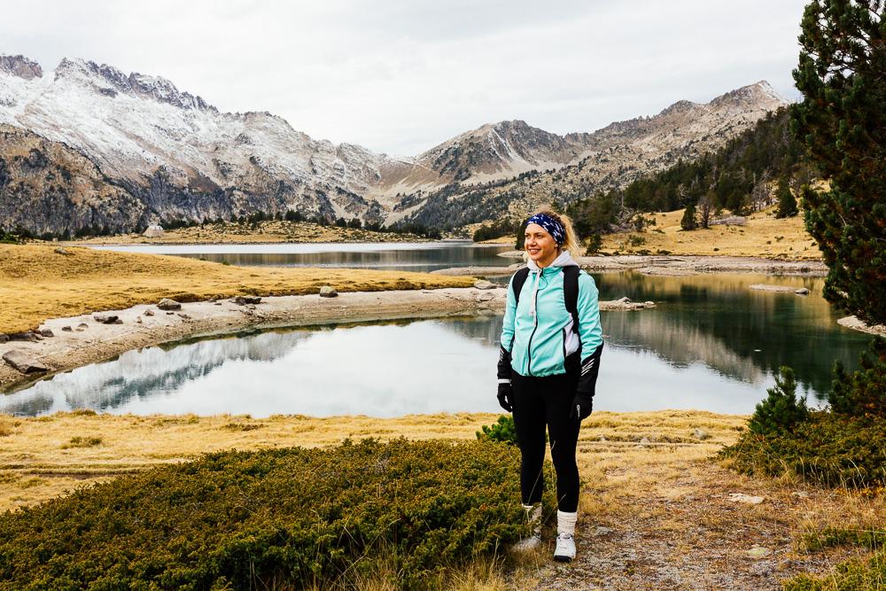 rando-lacs-de-neouvielle-hautes-pyrenees-rose-fushia-photographie-147