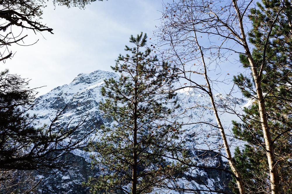rando-pyrenees-lac-d-oo-lac-d-espingo-rose-fushia-photographie-32