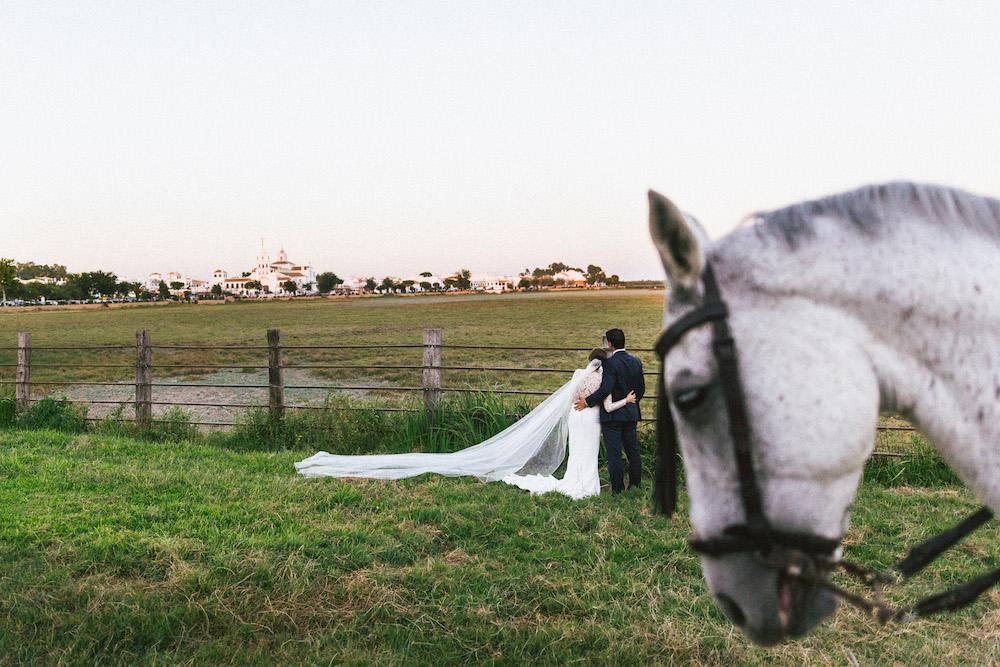 mariage-franco-espagnol-polonais-andalousie-klaudia-et-thomas-rose-fushia-photographie071