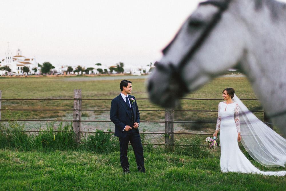 mariage-franco-espagnol-polonais-andalousie-klaudia-et-thomas-rose-fushia-photographie072