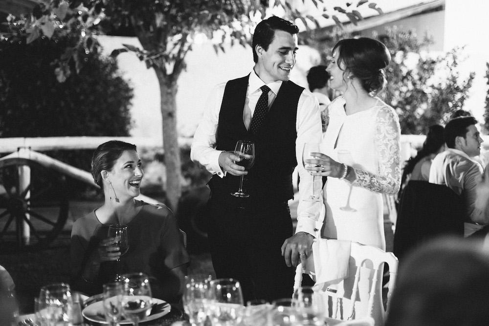 mariage-franco-espagnol-polonais-andalousie-klaudia-et-thomas-rose-fushia-photographie094