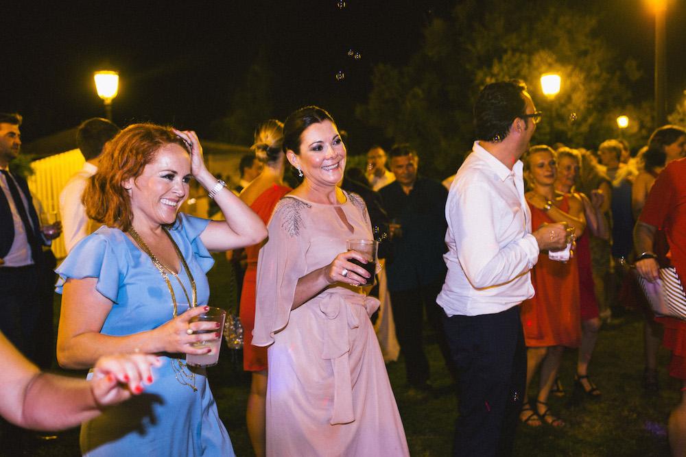 mariage-franco-espagnol-polonais-andalousie-klaudia-et-thomas-rose-fushia-photographie114
