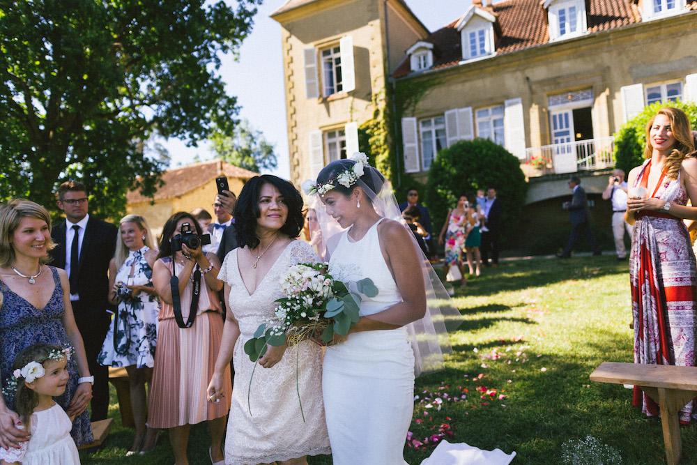 mariage-franco-philippin-dans-le-gers-jaika-et-maxime-rose-fushia-photographie039