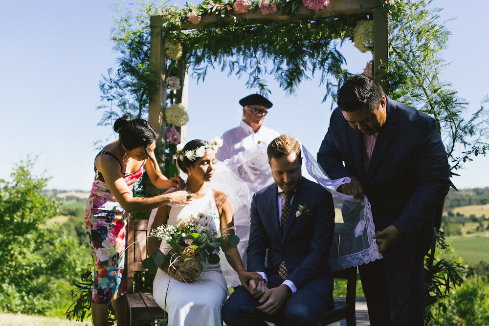 mariage-franco-philippin-dans-le-gers-jaika-et-maxime-rose-fushia-photographie044