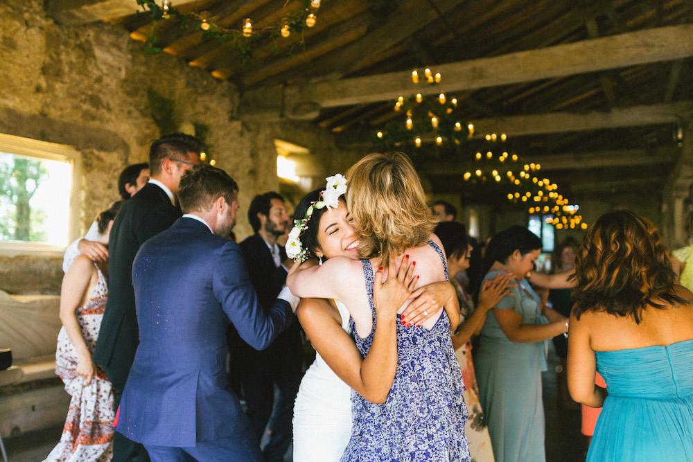 mariage-franco-philippin-dans-le-gers-jaika-et-maxime-rose-fushia-photographie111