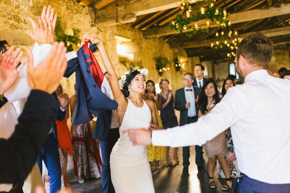 mariage-franco-philippin-dans-le-gers-jaika-et-maxime-rose-fushia-photographie114