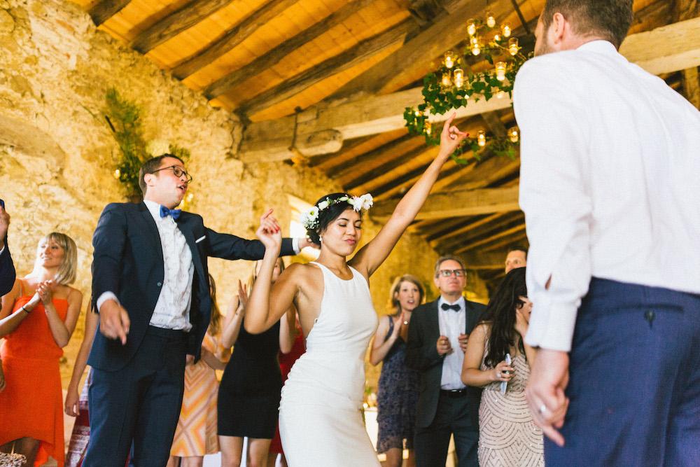 mariage-franco-philippin-dans-le-gers-jaika-et-maxime-rose-fushia-photographie115