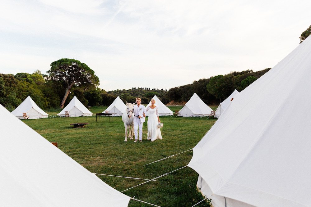boho-teepee-wedding-in-french-camargue-alice-and-tim-rosefushiaphotographie090