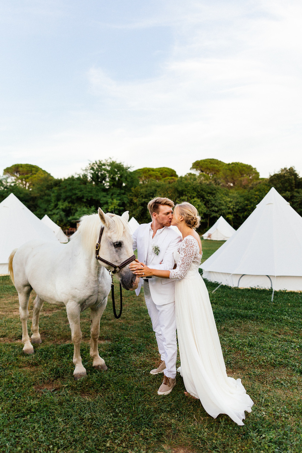 boho-teepee-wedding-in-french-camargue-alice-and-tim-rosefushiaphotographie093