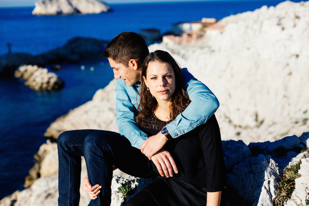 seance-engagement-calanques-marseille-amandine-pierre-rosefushiaphotographie12