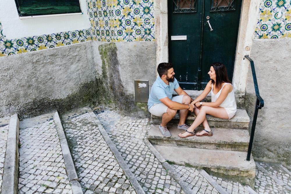 seance-couple-lisbonne-olivia-pierre-lisbonlovesession-rosefushiaphotographie006