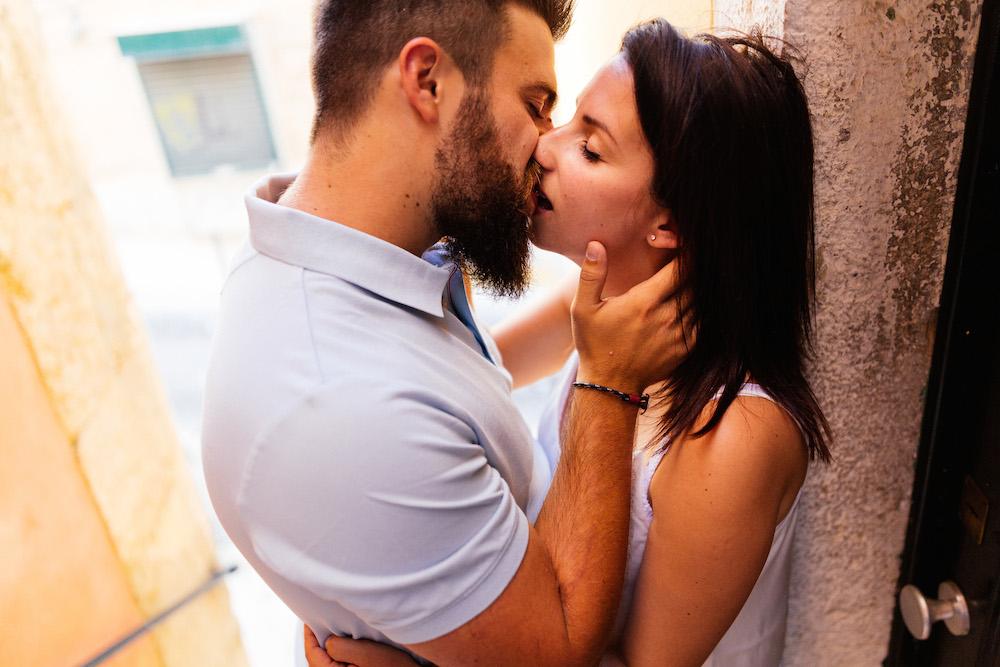 seance-couple-lisbonne-olivia-pierre-lisbonlovesession-rosefushiaphotographie019