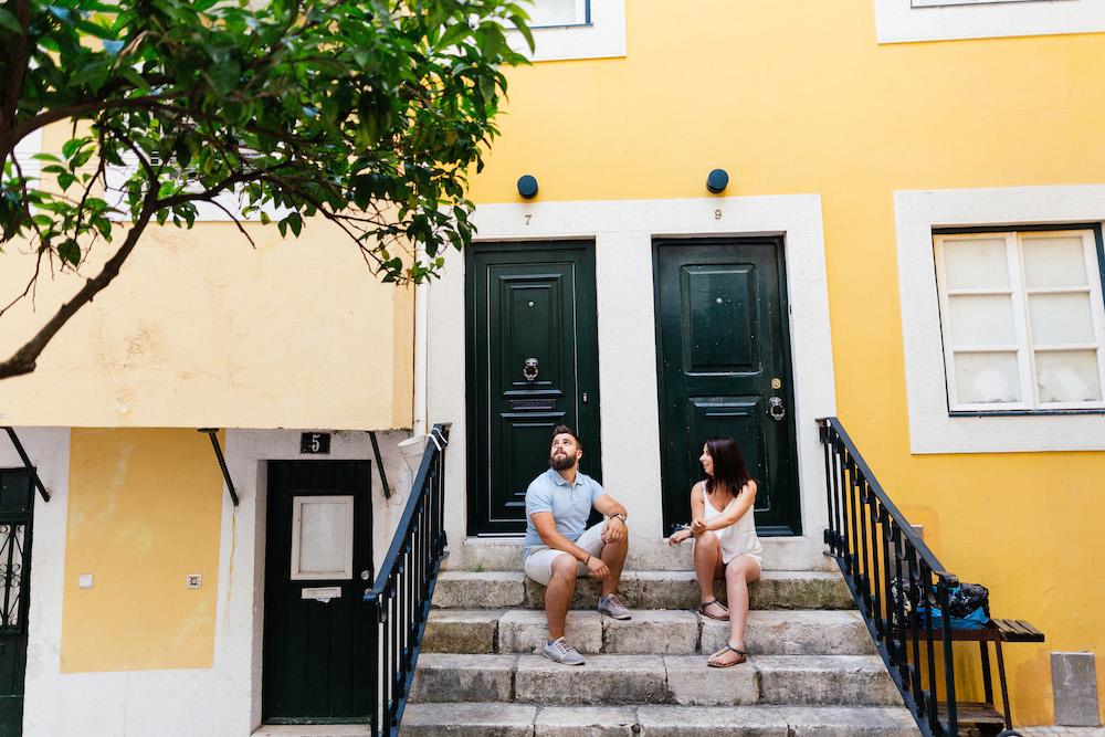 seance-couple-lisbonne-olivia-pierre-lisbonlovesession-rosefushiaphotographie021