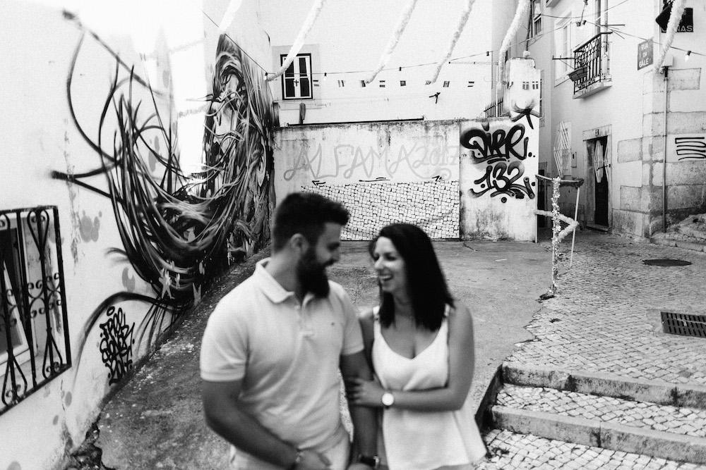 seance-couple-lisbonne-olivia-pierre-lisbonlovesession-rosefushiaphotographie034