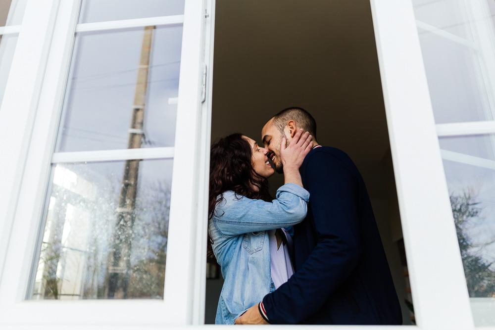 seance-couple-grossesse-maison-dominique-arnaud-saint-sardos-rosefushiaphotographie10