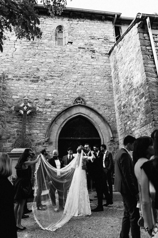 mariage-mexicain-lea-et-luc-chateau-de-terride-puycelsi-tarn-rosefushiaphotographie059